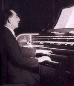 Adrien Rougier, organiste et compositeur Il est né à Vernaison le 23 juin 1892.